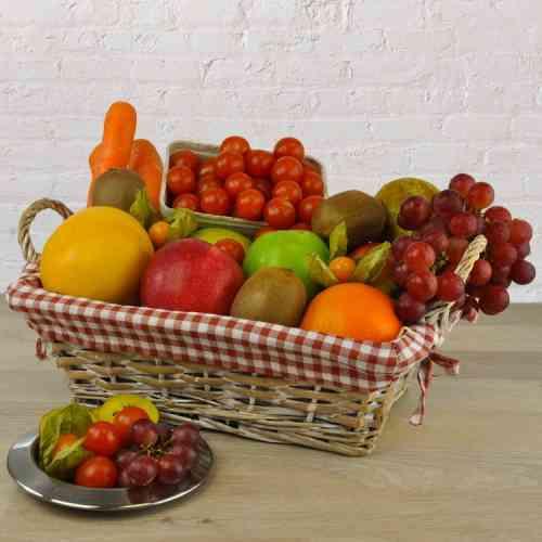 Detox vom Feinsten - Dieser Geschenkkorb bietet alles was der Körper zum Entgiften braucht - Viel Obst und Gemüse einfach