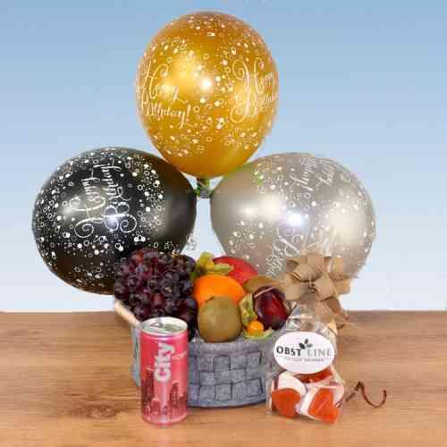 Passender Obst Geschenkkorb zum Geburtstag - Spritzig, Frisch und Süße Liebesherzen