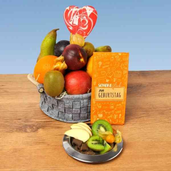 Geschenkkorb Geburtstag Schoko Glück - prall gefüllt mit leckerem Obst zum Geburtstag